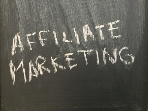 Start dit iværksætteri med affiliate marketing
